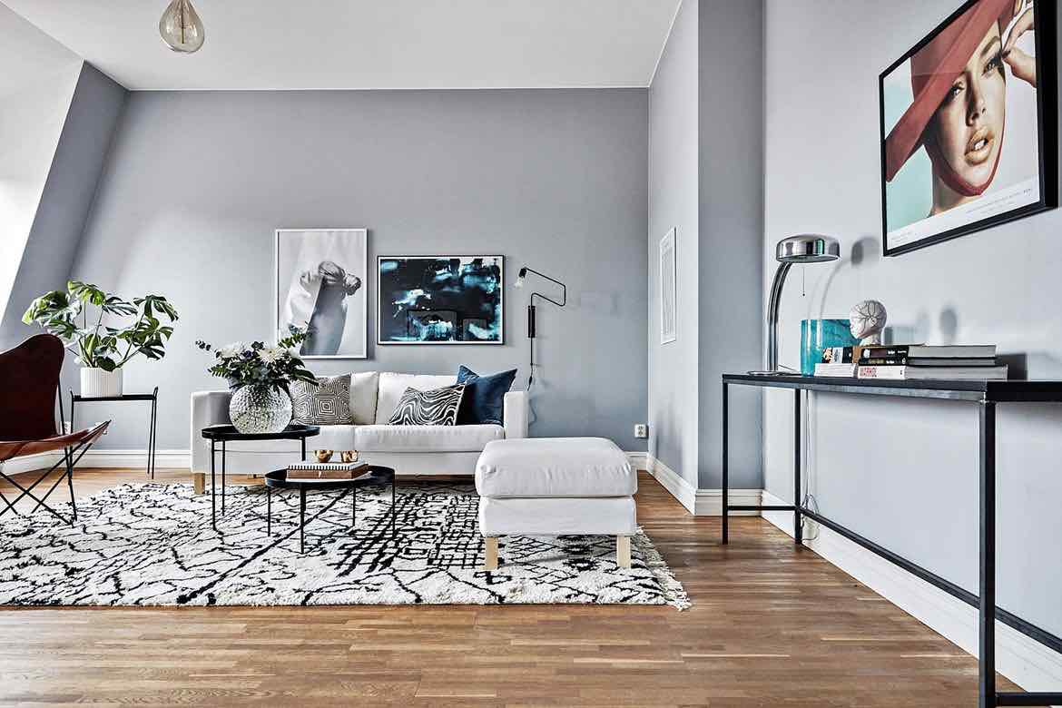 Sofa Flieder Moderne Wohnung In Blautönen - Designs2love
