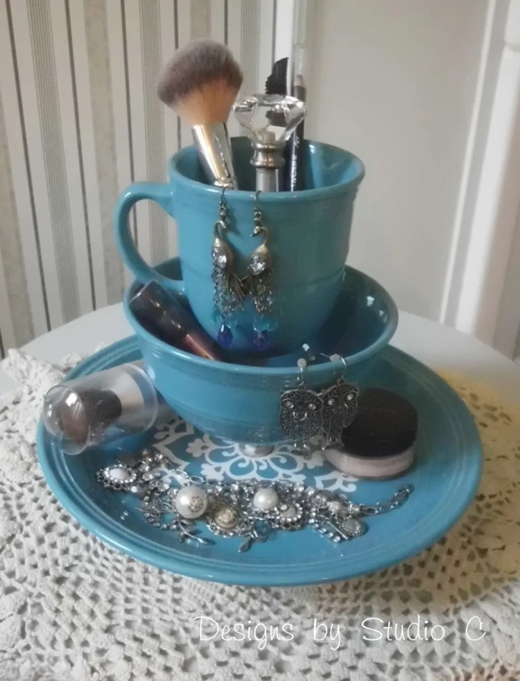 How to Make a Jewelry & Makeup Holder with Dinnerware