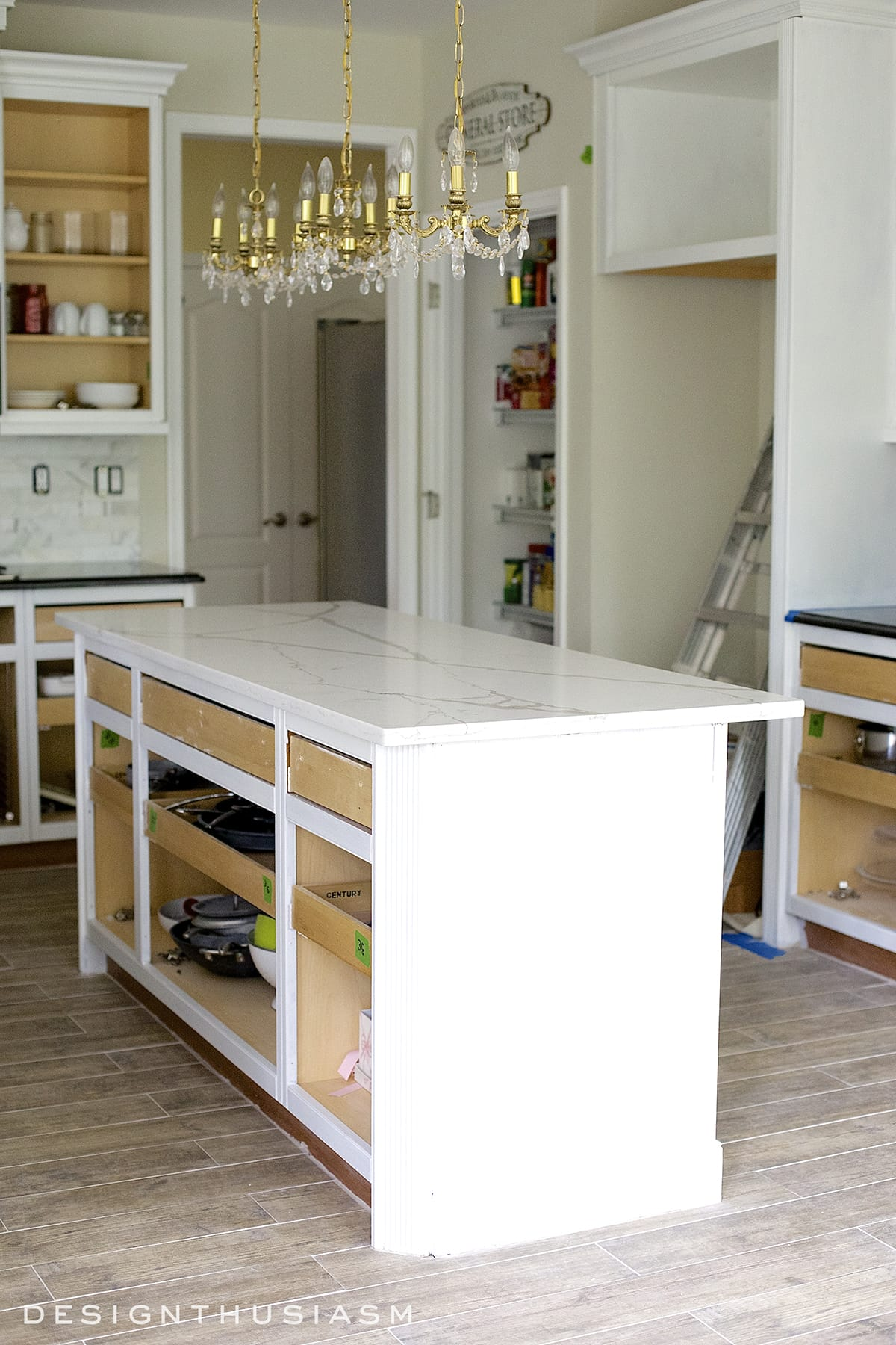 Quickest Way To Paint Kitchen Cabinets White Painted Cabinets Simplify A Kitchen Renovation