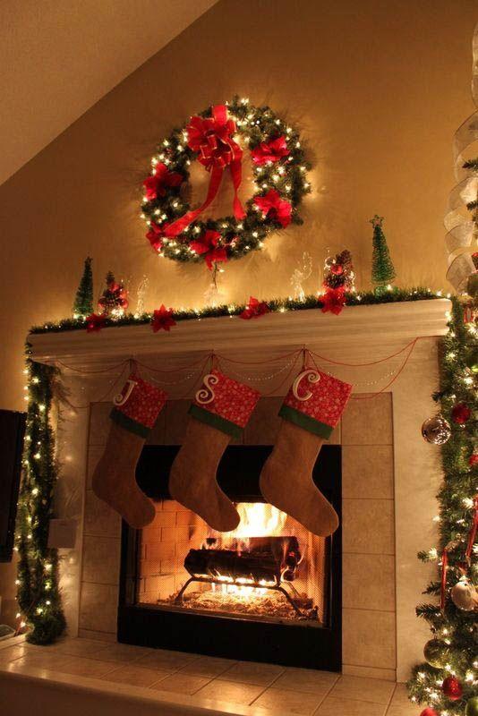 2016-christmas-mantel-decorating-ideas-9 - Design Trends Blog - christmas mantel decor