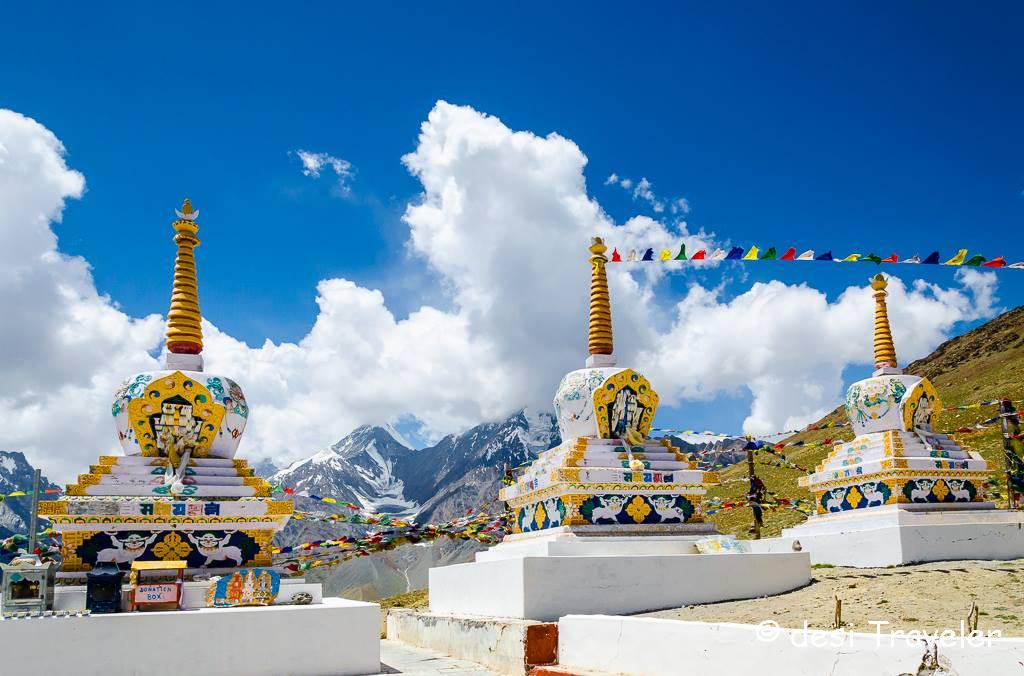 Bara-Shigri glacier kunzum pass temple