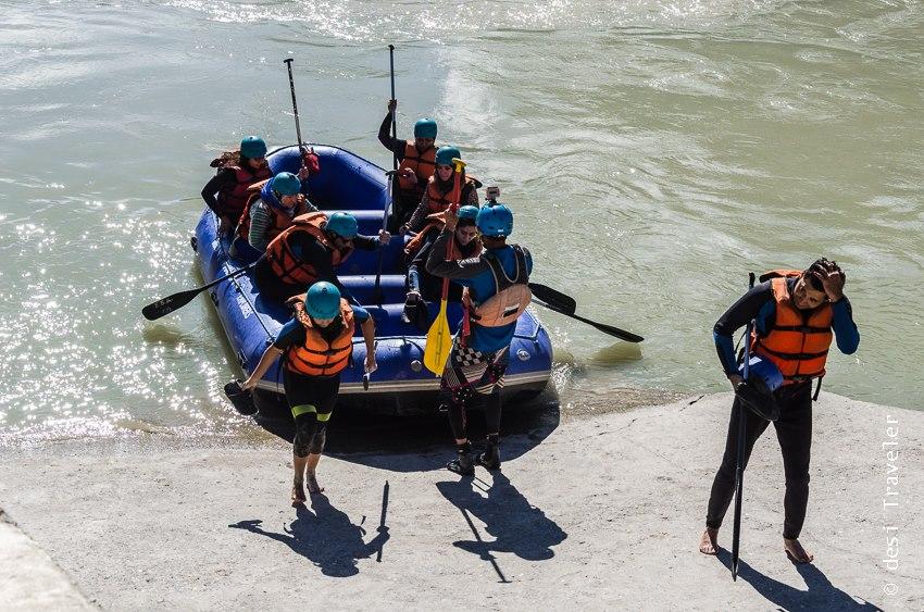 River rafting Indus river Leh