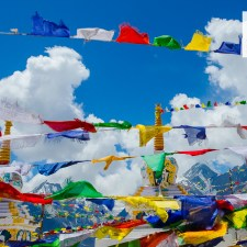 May 2016 Calendar Download Desktop Wallpaper – Prayer Flags Kunzum Pass