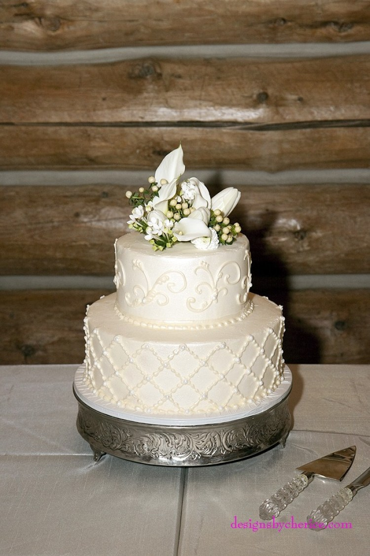 Rustic chic Colorado Mountain wedding cake
