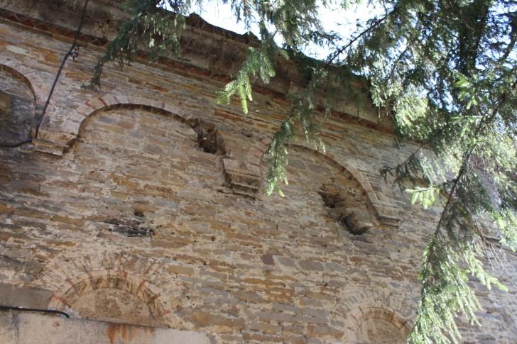 Храмът - следи от обстрелването, Таня