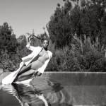 robin-harper-beyonce-falling-into-a-pool-2015