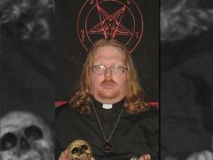 satanicPriest