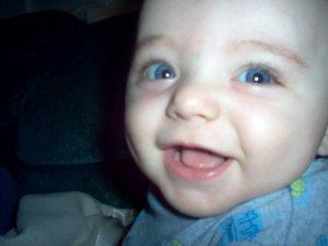 Nama Bayi Artinya Senang
