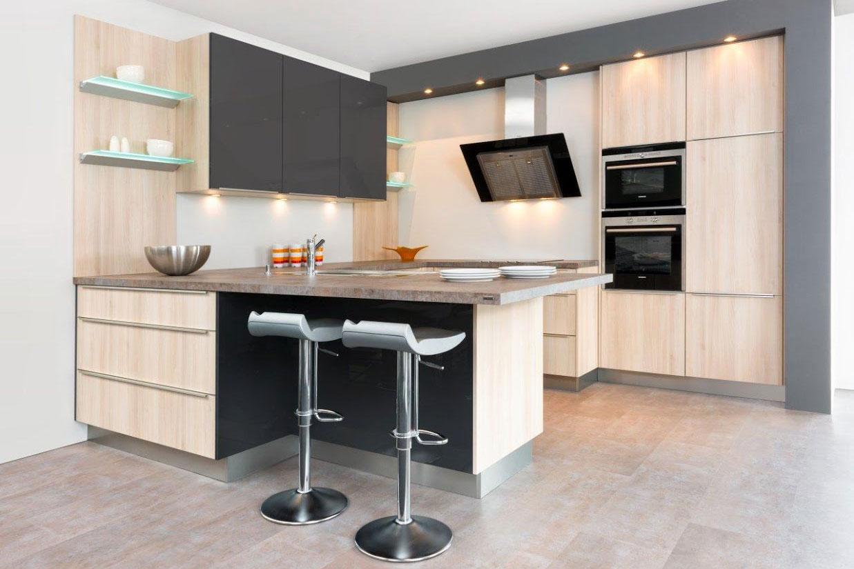 Rückwand Küche Holz Montieren | Küche Mit Holzdecke Boden Küche ...