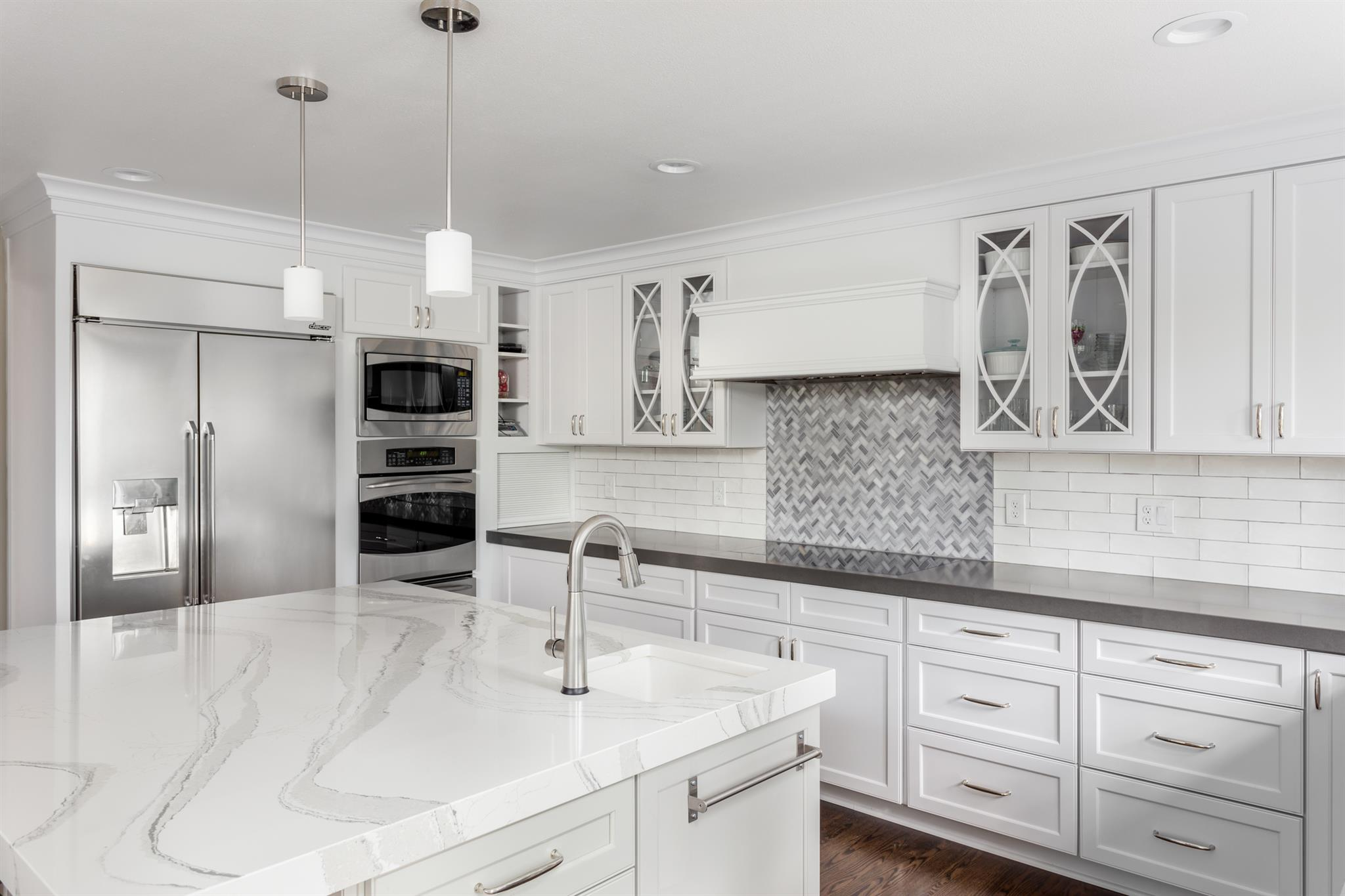 We Can Top Local Cabinet Maker In Hayward CA   D.F Custom Cabinets