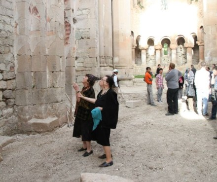 Ishkhani monastery - photo buba kudava
