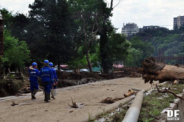GWP_workers_flood