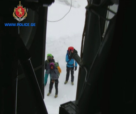 polish_tourists_rescued_from_mount_tetnuldi-