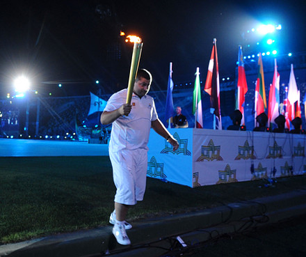 olympic_festival_opening_ceremony_torch2