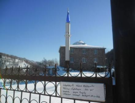 Mosque in Chechla, Georgia (M Edwards)2-1