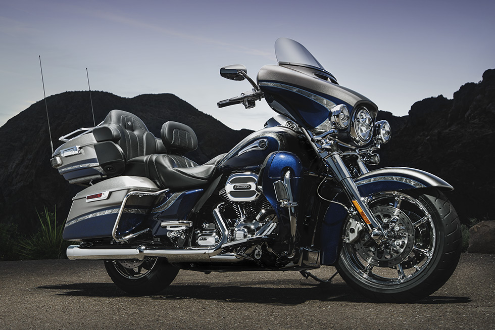 2016 Harley-Davidson® CVO™ Limited Touring in Style and Comfort