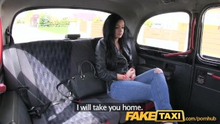FakeTaxi Prague beauty squirting on cam