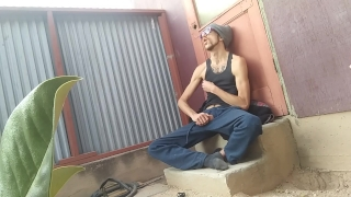Homeless Guy Slams & Strokes His Big Cock Outside in Alley - Caught on Cam!