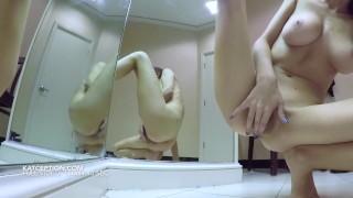 MULTIPLE CUMS IN DRESSING ROOM