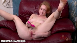 Amateur babe Athena Rayne teases in solo