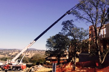 Spa Lifting Crane Service