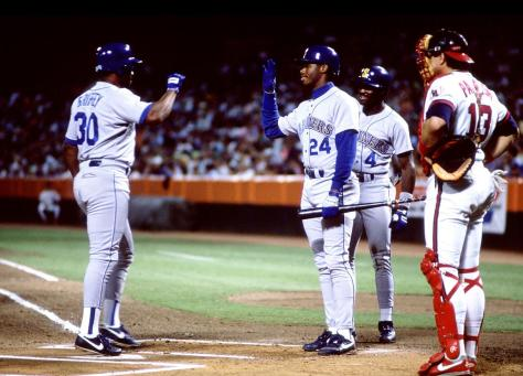 1990-Ken-Griffey-Sr-Jr-back-to-back-home-runs
