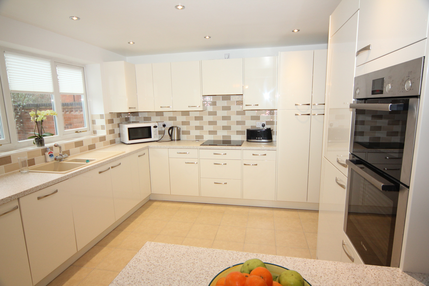 Modern Kitchen Designs Buy Online White Glossy Contemporary Kitchen Droitwich Diamond