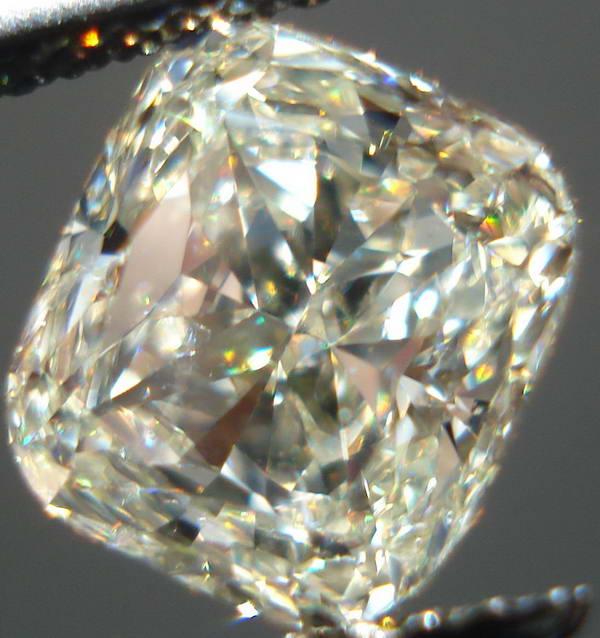 M color diamond Cushion cut SI2 diamonds Photos
