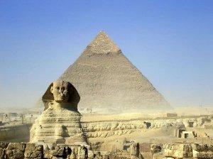 Esfinge y Piramides de Giza en El Cairo