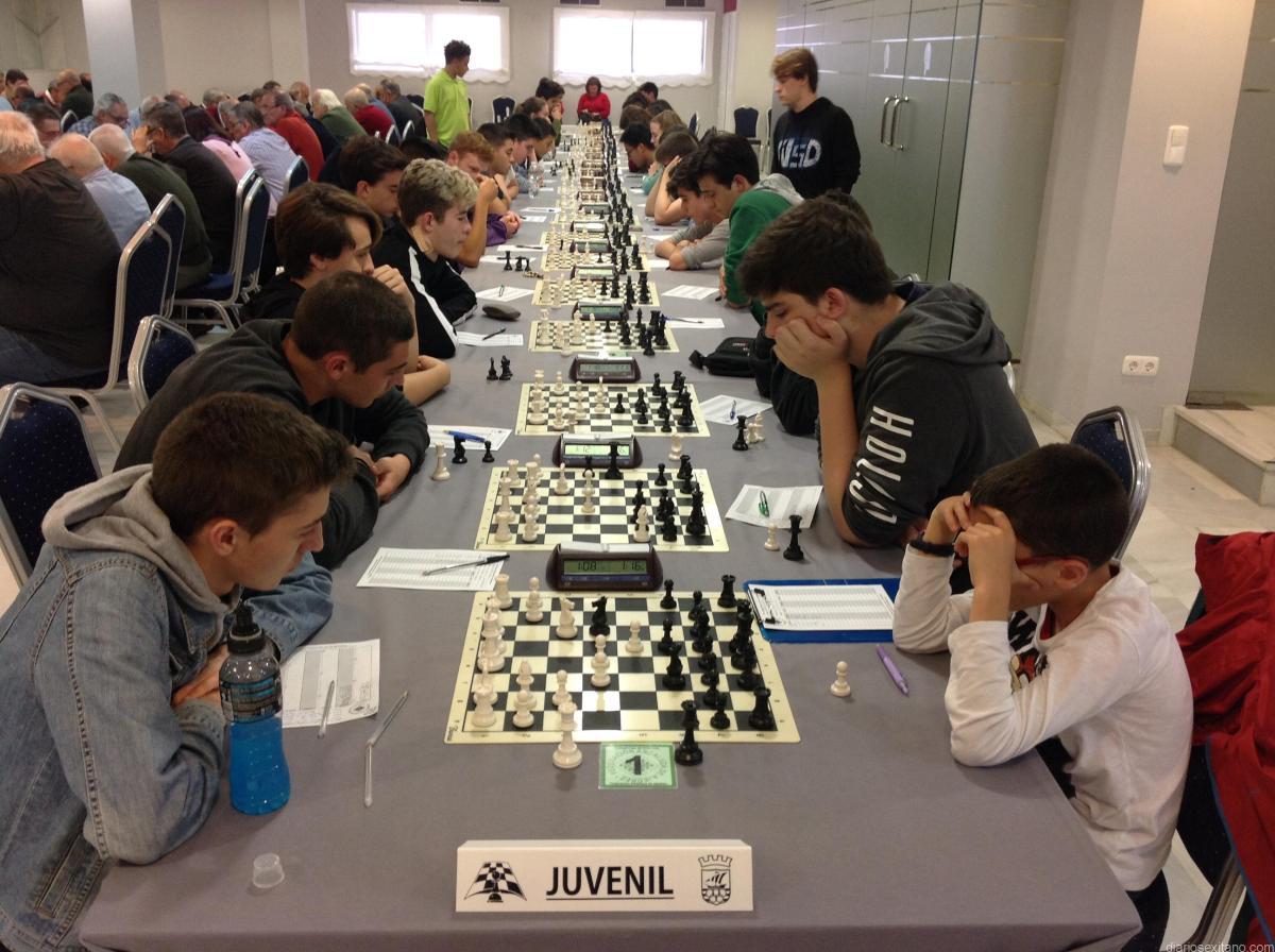 Comienza en Almuñécar el Campeonato de Andalucía de Ajedrez Juvenil y Veteranos