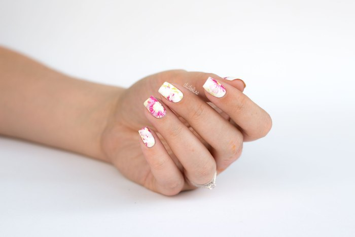 Nail Art Fleuri  Water Decals  Born Pretty Store  Xf 1414. Los Angeles Kings Decals. Princess Banners. Olmec Murals. Vimeo Logo. Rottweiler Signs. Oreos Banners. Agriculture Lettering. Pink Ribbon Signs