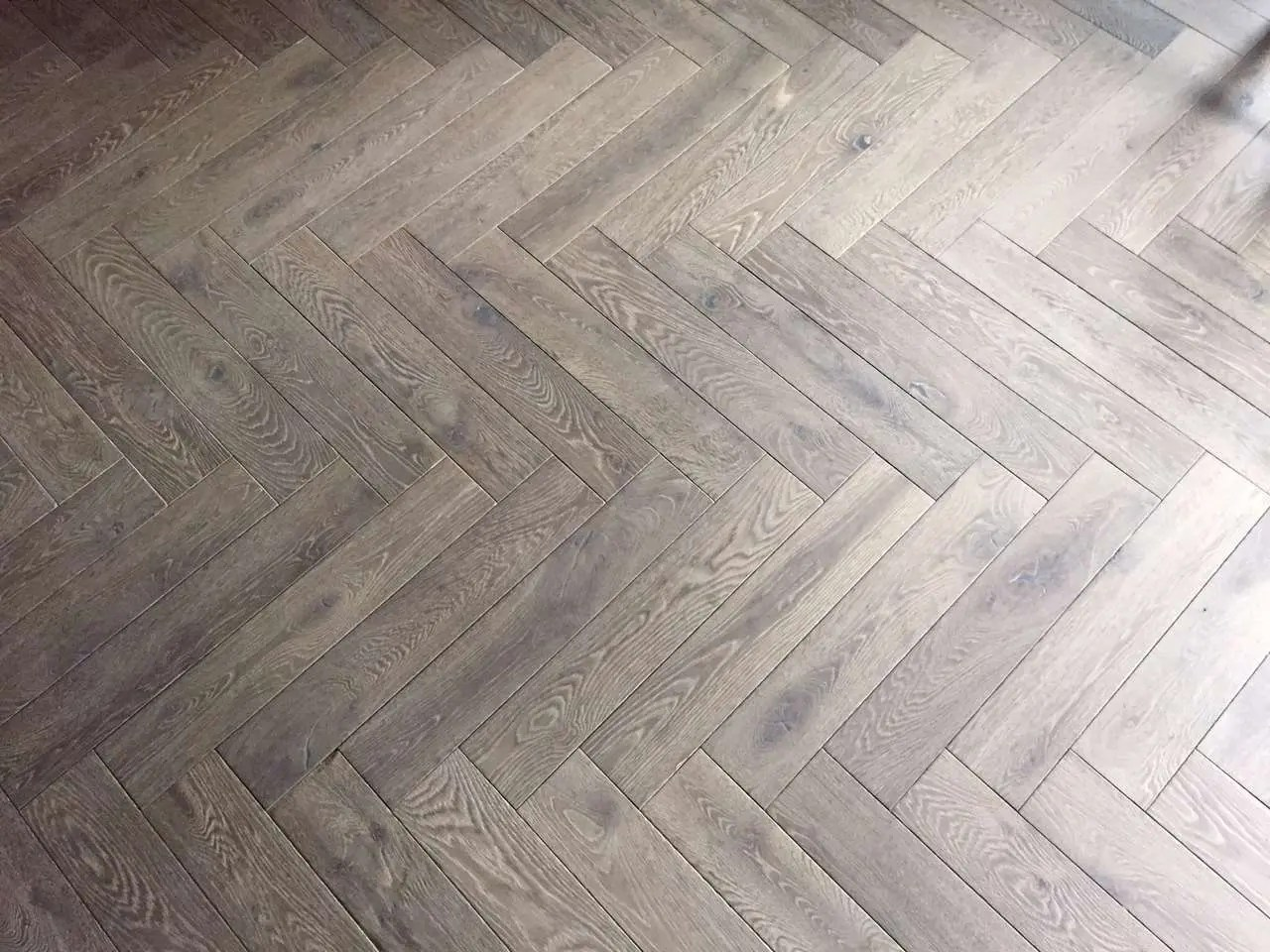 Fertigparkett Fischgrät Parquet Herringbone Parquet In Oak Solid Wood Or Multi Layer