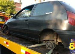 Carro furtado é encontrado pela Brigada sem as rodas em Bento