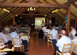 Acesso ao crédito rural e financiamentos pauta reunião de dirigentes do setor vitivinícola com banco