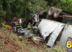 Feridos em acidente na 470 são liberados após atendimento médico