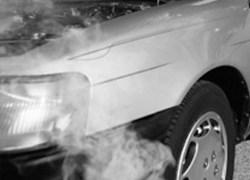 Empresa automotiva condenada por falhas em veículo 0km