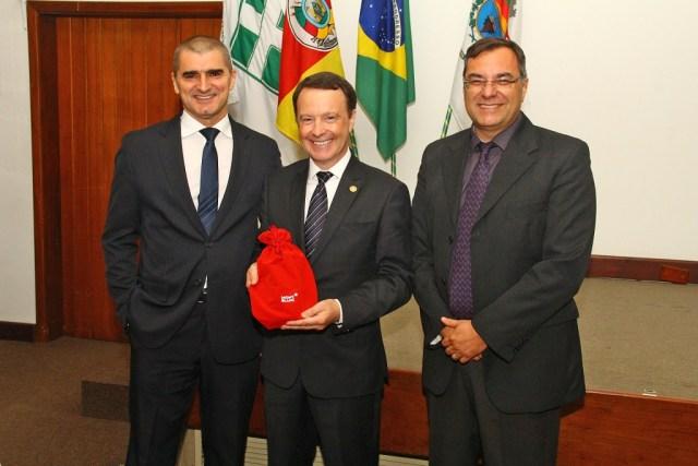 Daniel, Edson e o superint. Hilton Mancio