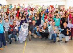 ACI de Carlos Barbosa entrega ovos de Páscoa no Centro Educativo Crescer