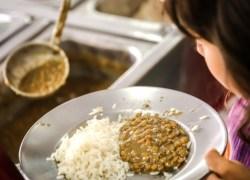 Campanha Prato Cheio arrecada alimentos não perecíveis durante o mês de abril