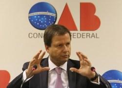 OAB deve protocolar pedido de afastamento de Temer até quinta-feira