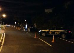 Operação da PRF flagra 13 motoristas embriagados na BR-470