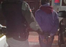 Mulher é presa após furto de celulares em loja no centro de Bento