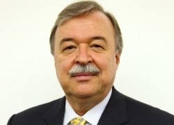 Gilberto Petry toma posse como presidente do Sistema FIERGS nesta terça