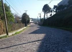 Asfaltamento de parte da Avenida São Roque, em Bento, deve iniciar nos próximos dias