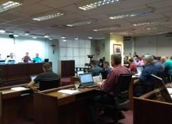 Sessão aprova regulamentação do Uber em Bento