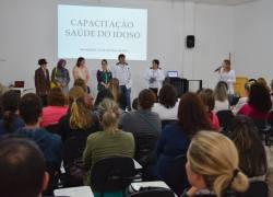 Agentes de Saúde de Cotiporã participam de capacitação em Veranópolis