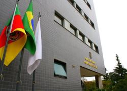 MP de Caxias denuncia facção criminosa por mortes, incêndio e receptação