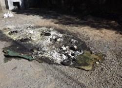 Contâiners de lixo são incendiados em Flores da Cunha