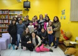 Clube de Leitura traz autora para bate-papo na Biblioteca Pública Garibaldi