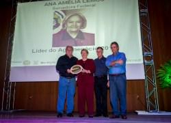 Ana Amélia é agraciada com prêmio Líder do Agronegócio Brasileiro